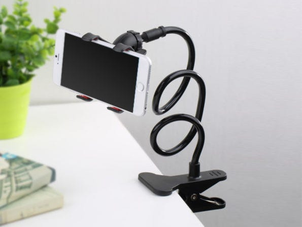 Go hands-free with this convenient and flexible phone holder.