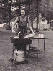 LazyMan's original outdoor grill became available to homeowners in 1954.