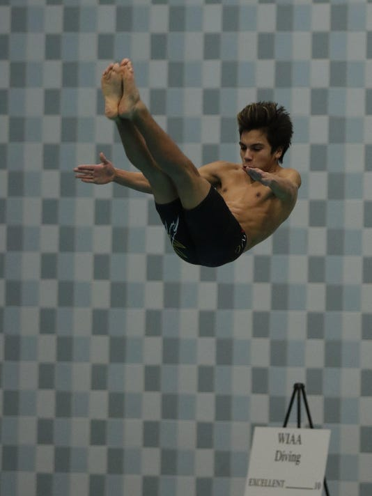 WIAA 021717 State Boys Swimming and Diving Martinez JS 009