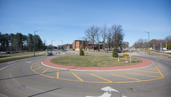 The roundabout at the intersection of Second Avenue South and Gaynor Avenue in Wisconsin Rapids, Tuesday, March 29, 2016.