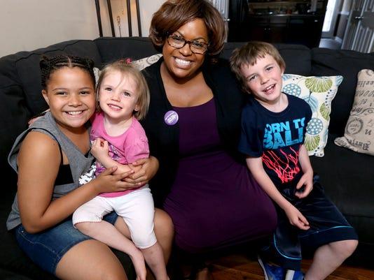 636300694433557254-01-Single-Mom-and-Foster-Mom.jpg
