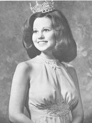 Official portrait of Liz Bracken being crowned Miss New Jersey in 1974