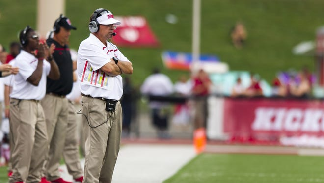 Indiana Hoosiers head coach Kevin Wilson studies the action Sept. 5, 2015.