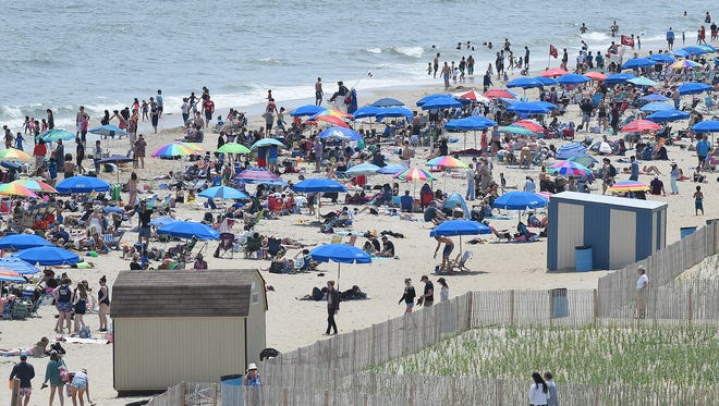 Hot weather is expected to descend on all of Delaware Wednesday and Thursday. Even the beaches won't be spared.