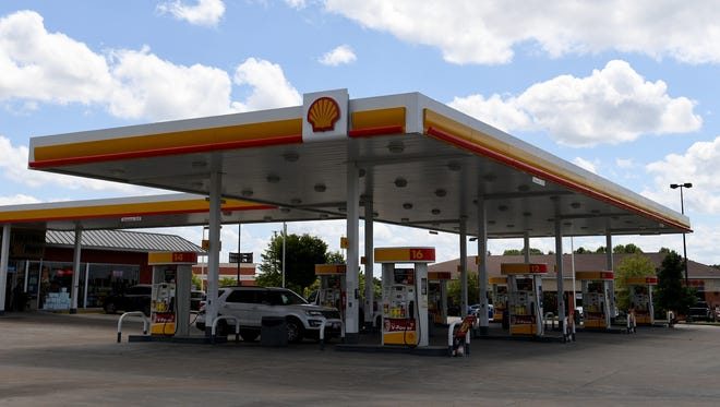 Shell station at 1155 Vann Dr.