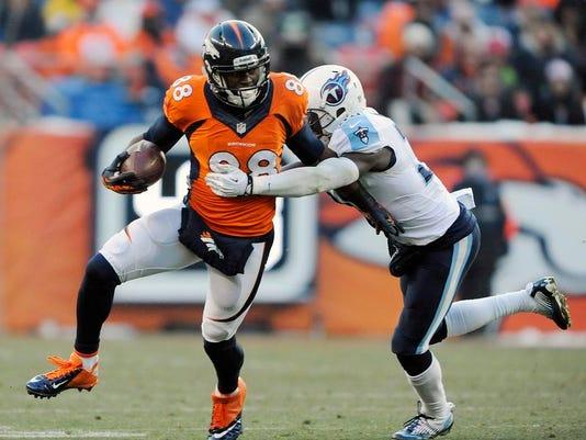 Titans Broncos Football (2)