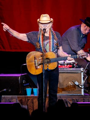 Willie Nelson performs in Des Moines at Wells Fargo
