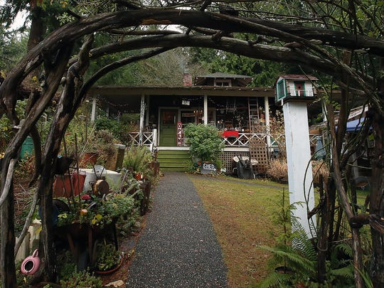 Bob and Carolee Pederson's Christmas House on Bainbridge Island.