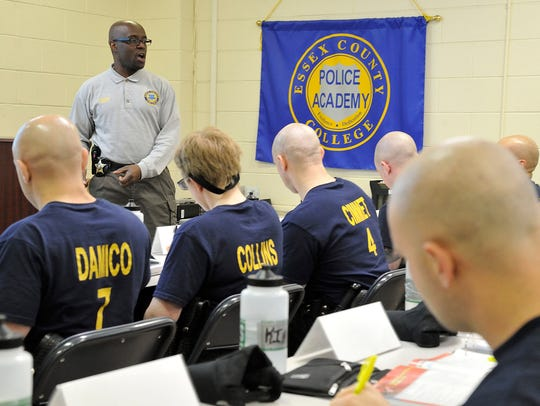 Essex County Sheriffs officer Andy Roberts teaches