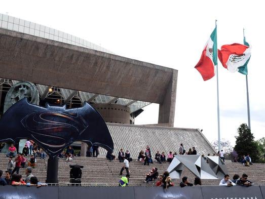 Ben Affleck enloquece a sus fans mexicanos con su español