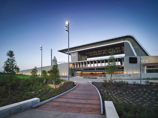 Riverfront Park and Ascend Amphitheater, Public Sector