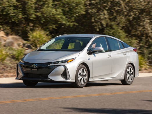 Consumer Reports names its Top 10 cars, trucks for 2017
