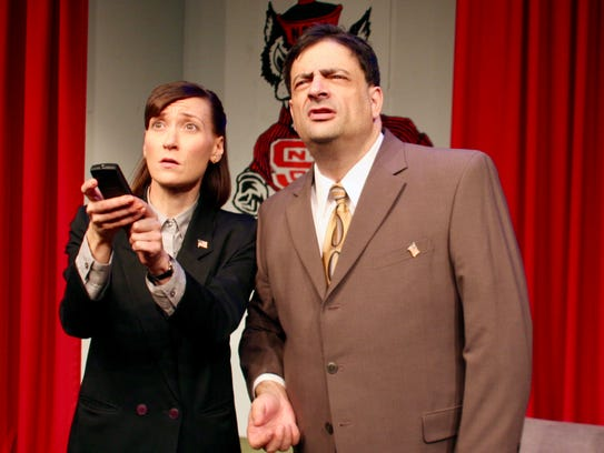 Lindsey Marlin and Scott Hyder in iTheatre Collaborative's