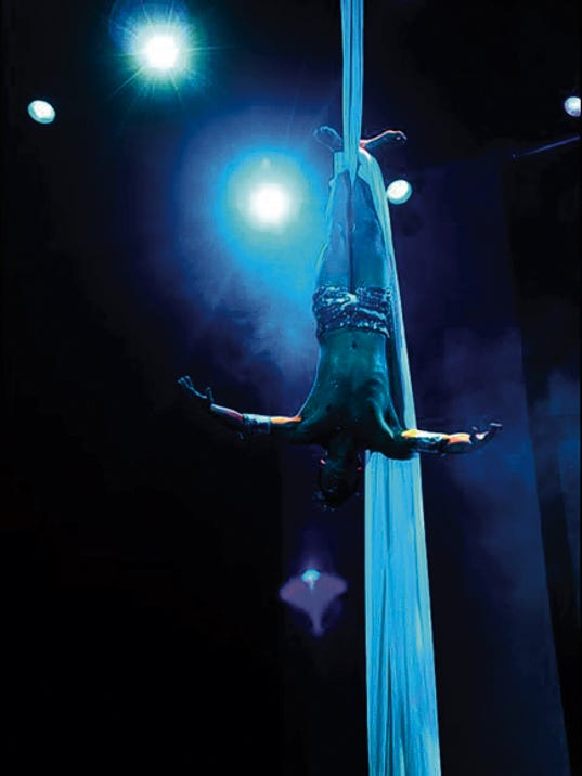 Malagueño Varieté will impress with contemporary aerial and dance performances. The show is scheduled for November.