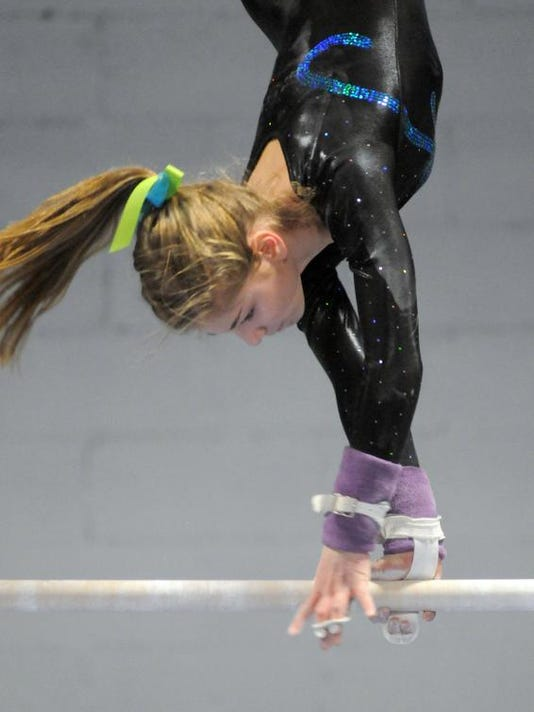 POU 1218 VCGymnastics 1