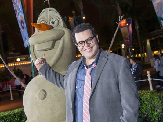 AP_PEOPLE-DISNEYLAND-JOSH_GAD_64452994