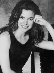Pianist Lise Keiter performs at Mary Baldwin's Sunday