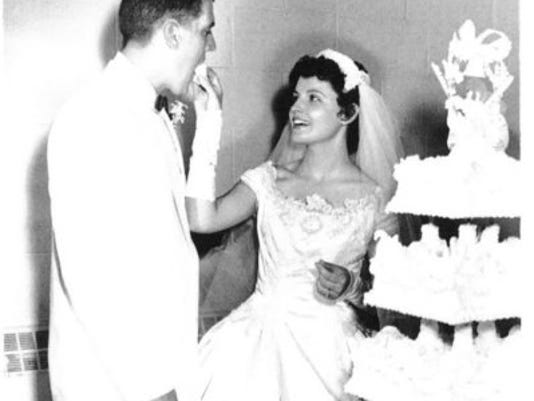 Anniversaries: Wayne H. Lentz & Carolyn Joyce Lentz