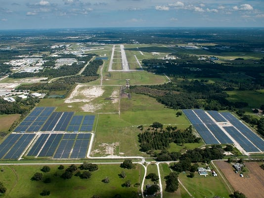 Lakeland Airport Solar Project Completed_09 2012.JPG