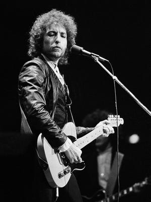 Bob Dylan performs on June 27, 1978, during his tour through West Germany at the Dortmunder Westfalenhalle,