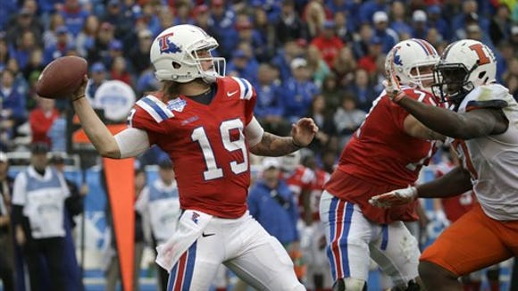 Louisiana Tech quarterback Cody Sokol (19) throws a