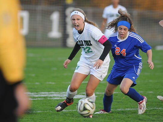 MNJ 1017 Clear Fork girls soccer 01.jpg