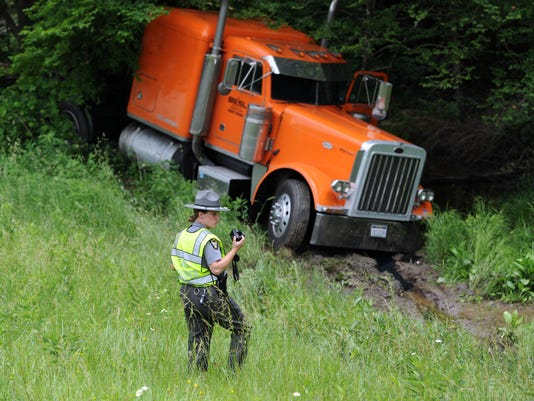 01-CGO-0603-Highway-Patrol-Crashes.JPG