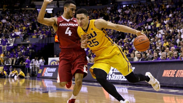 LSU forward Ben Simmons and his LSU squad travel to