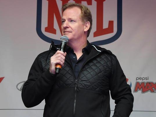 USP NFL: INTERNATIONAL SERIES-NFL ON REGENT STREET S FBN GBR EN
