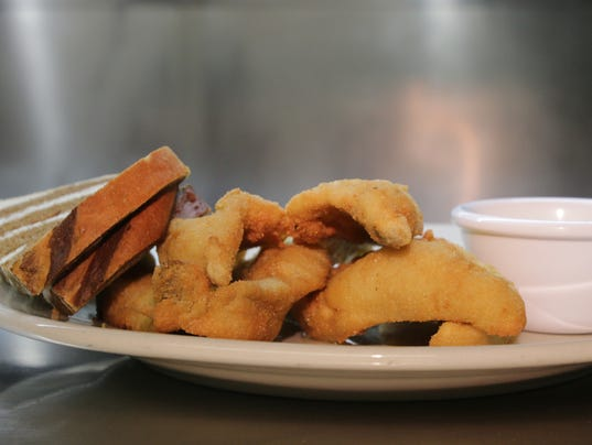 The buzz best fish fries for Best fish fry in wisconsin