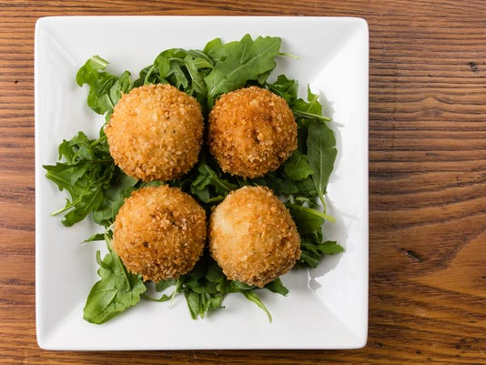 636149043272211842-Cooking-With-Caitlin-crab-stuffed-arancini-1.jpg