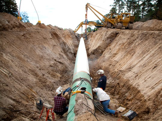 Pipeline is installed during construction TransCanada's