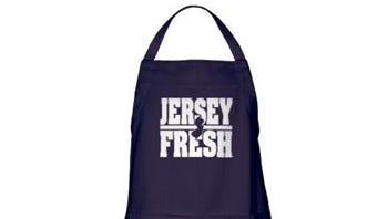 Love a chef? Show it with a Jersey Fresh apron.
