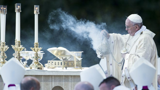 Pope Francis celebrates a canonization Mass for Friar Junípero Serra at the Basilica of the National Shrine of the Immaculate Conception Wednesday in Washington, D.C.