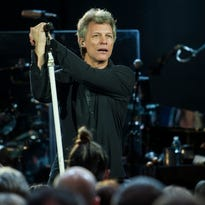 Stevens: Of Bon Jovi, Lady Devils, Rumble Tebow …