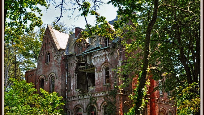The decaying Wyndclyffe mansion near Rhinebeck.