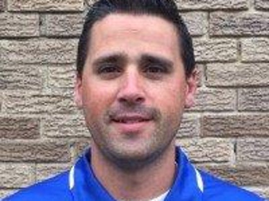 Kyle Karns takes over as head coach of Salem's girls