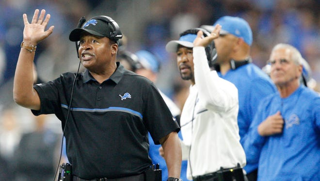 Detroit Lions coach Jim Caldwell throws up his arm during the fourth quarter against the Los Angeles Rams on Oct. 16, 2016, at Ford Field.