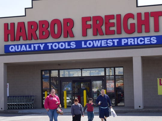 Harbor Freight Tools is now open for business at Lincoln