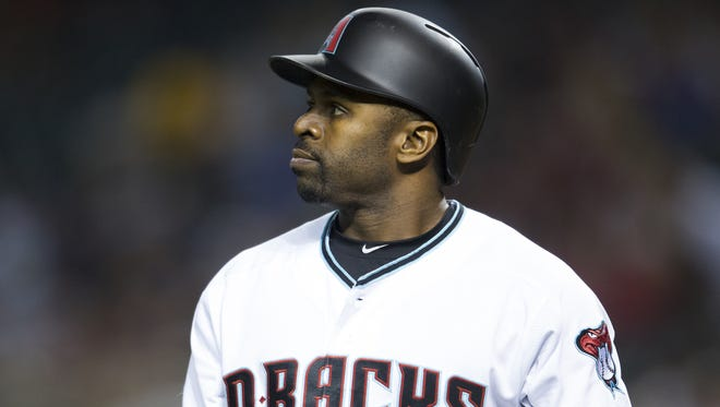 Diamondbacks' Michael Bourn returns to the dugout after striking out against the Marlins on Friday, June 10, 2016, at Chase Field in Phoenix.