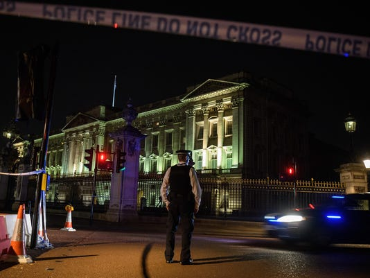 Two Police Officers Injured After Attack Outside Buckingham Palace