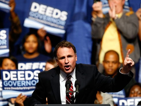 Virginia Democratic candidate for Governor, Creigh Deeds campaigns at Old Dominon University on October 27, 2009 in Norfolk, Virginia.