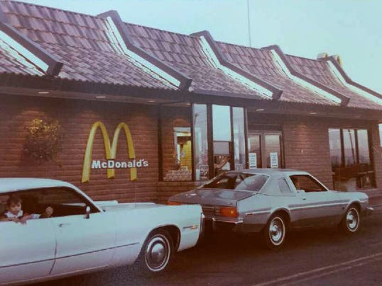 you won 39 t believe where mcdonald 39 s opened its first drive thru. Black Bedroom Furniture Sets. Home Design Ideas