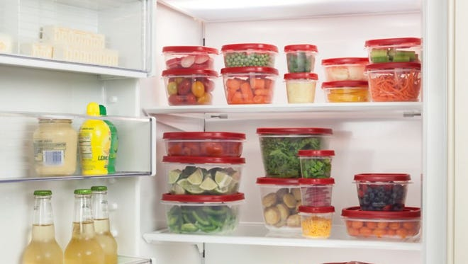 Combine the top gift item on Amazon's kitchen items page, a 42-piece Rubbermaid food storage system, with food safety tips from the USDA to keep it a healthy holiday season.