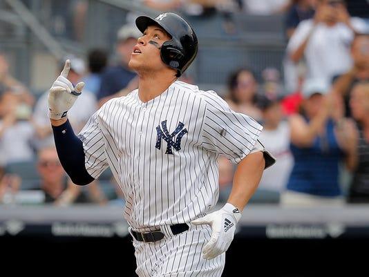 Braves-Yankees-Baseball-8-.JPG