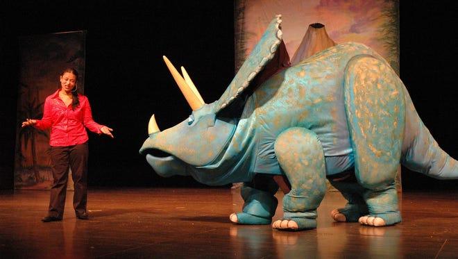 "Hudson Vagabond Puppets' ""Mammoth Follies"" comes to Binghamton on Saturday."