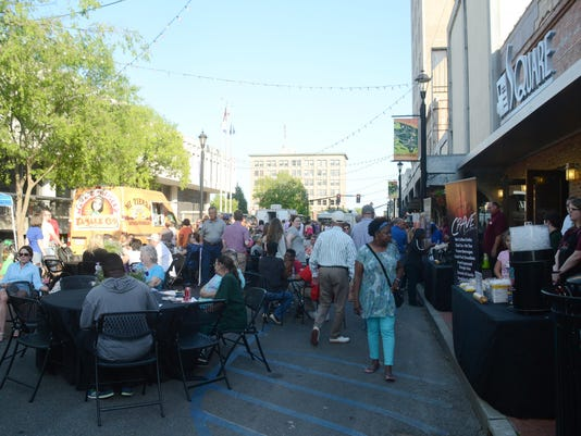 ANI Dinner on the Bricks Diners browse food vendors and listen to Uptown Jazz while attending Dinner on the Bricks Thursday, April 30, 2015 in downtown Alexandria.-Melinda Martinez/mmartinez@thetowntalk.com