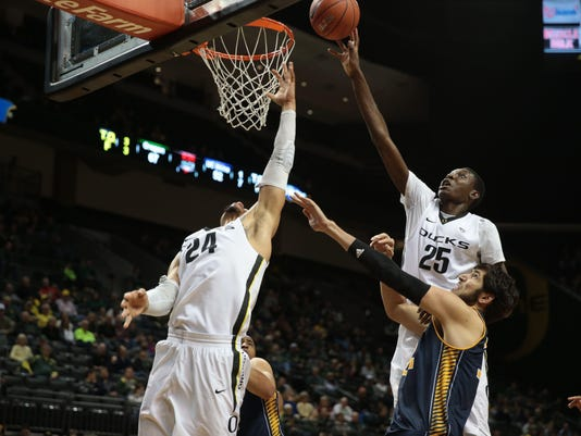NCAA Basketball: UC Irvine at Oregon