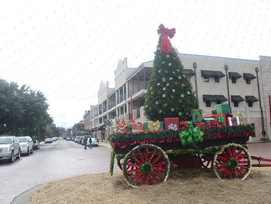 ANI Natchitoches Christmas Festival preview Natchitoches is gearing up for the 88th Annual Christmas Festival set for Saturday, Dec. 6, 2014. Tuesday, Nov. 25, 2014.-Melinda Martinez/mmartinez@thetowntalk.com, The Town Talk, Gannett