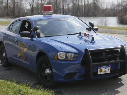 635737715982602716-michigan-state-police-car